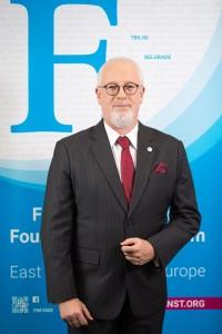 Dr. Rainer Adam